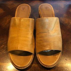 Frye women's mules natural leather sz 9 M